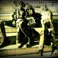 """<a href=""""http://punkcubano.net/neatline/show/mapa-del-punk-en-cuba#records/23"""">V. I. H.</a>"""